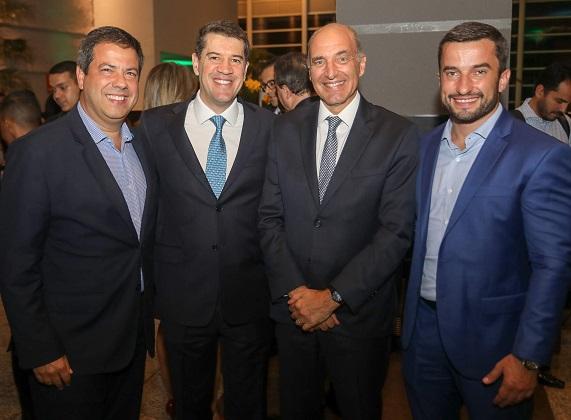 José Ramos Rocha Neto, VP da Abecip, Gilberto Duarte, Presidente da Abecip, Basílio Jafet, Presidente do Secovi São Paulo  e César Azevedo, Secretário Municipal de Licenciamento