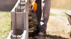 Construtoras engrossam coro contra aumento de taxas pelos bancos na crise