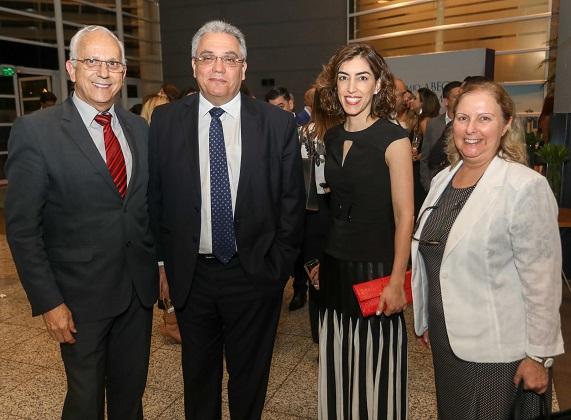 José Aguiar, superintendente da Abecip, Álvaro Cagnoni e Tarsila Velloso, da Economisa, e Maria do Carmo Marcondes, do Bradesco