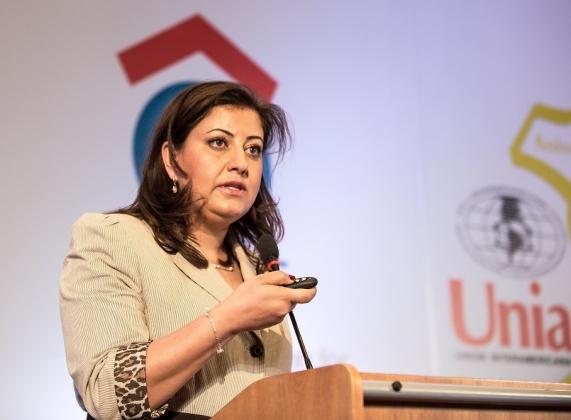 Lina Ghbeish (Palestina)