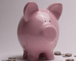 Maior parte da carteira de pequenos investidores continua na poupança
